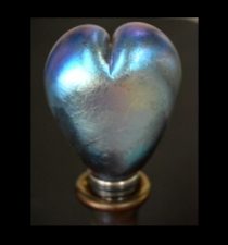 Blue Aurene Heart Wine Stopper