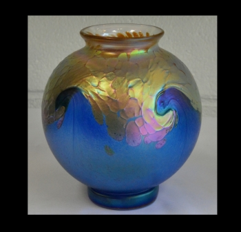 Gold Luster Vase With Cobalt Blue Wave Design