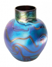 Blue Luster Vase With Red King Tut - V37 - Hand Blown Glass Vases. Glass Art for Sale