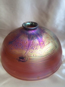 "Iridescent Cranberry 9 3/4"" Dome Shade"