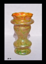 Iridescent Gold Vase With Green Design By Saul Alcaraz Blown Glass