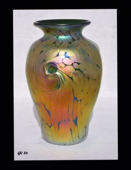 Iridescent Gold Green Vase With Gold Spot Design By Saul Alcaraz Blown Glass